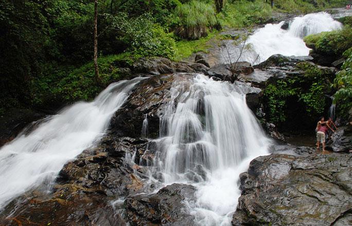 iruppu-falls-karnataka-3-3876